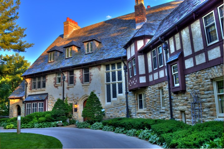 Plummer Mansion
